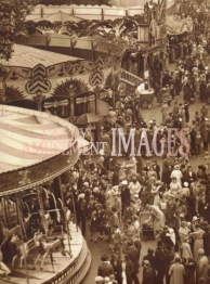 media-image-021-fairground-st-giles-fair-oxford-1936-as-seen-from-the-helter-skelter-rp