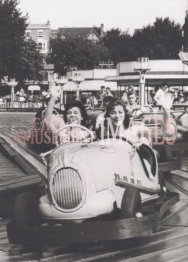 media-image-029-girls-on-the-monte-carlo-rally-attraction-margate-1958-rp