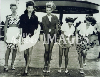 media-image-041-stocking-tops-at-the-amusement-park-1950s-rp-800