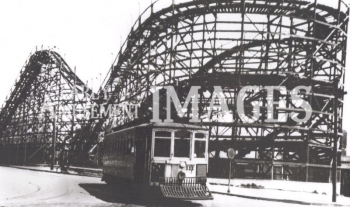 media-image-053-the-end-of-the-line-turnaround-on-the-trolley-at-playland-park-san-francisco-usa-1922-rp