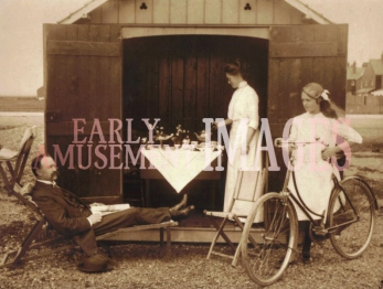 media-image-067-beach-hut-felixstowe-suffolk-1910-rp