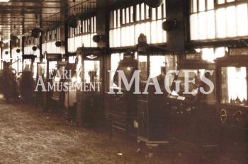 media-image-068-slot-machines-the-popular-belisha-fleetwood-pier-lancs-1932-rp