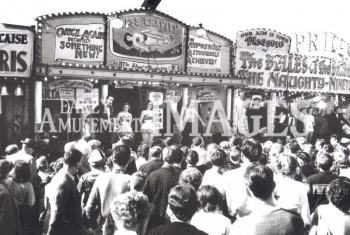 media-image-099-side-stuff-at-nottingham-goose-fair-1959