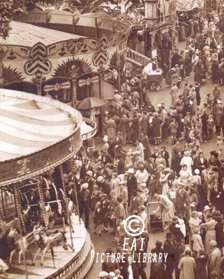 Oxford St. Giles Fair (1936)